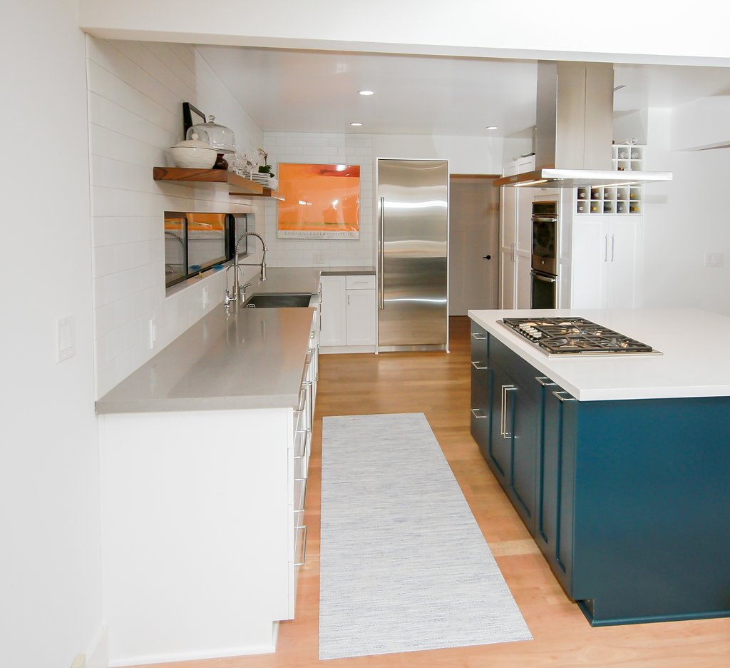 Birkenstock Sherman Oaks Home: Kitchen Remodel With White Shaker And Turquoise Island In